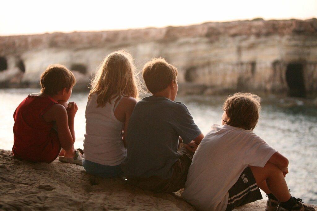 contemplating, friendship, friends